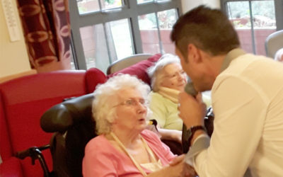 Classic tunes with Kevin Walsh at Hengist Field Care Home