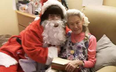 Special Santa visit at Hengist Field Care Home