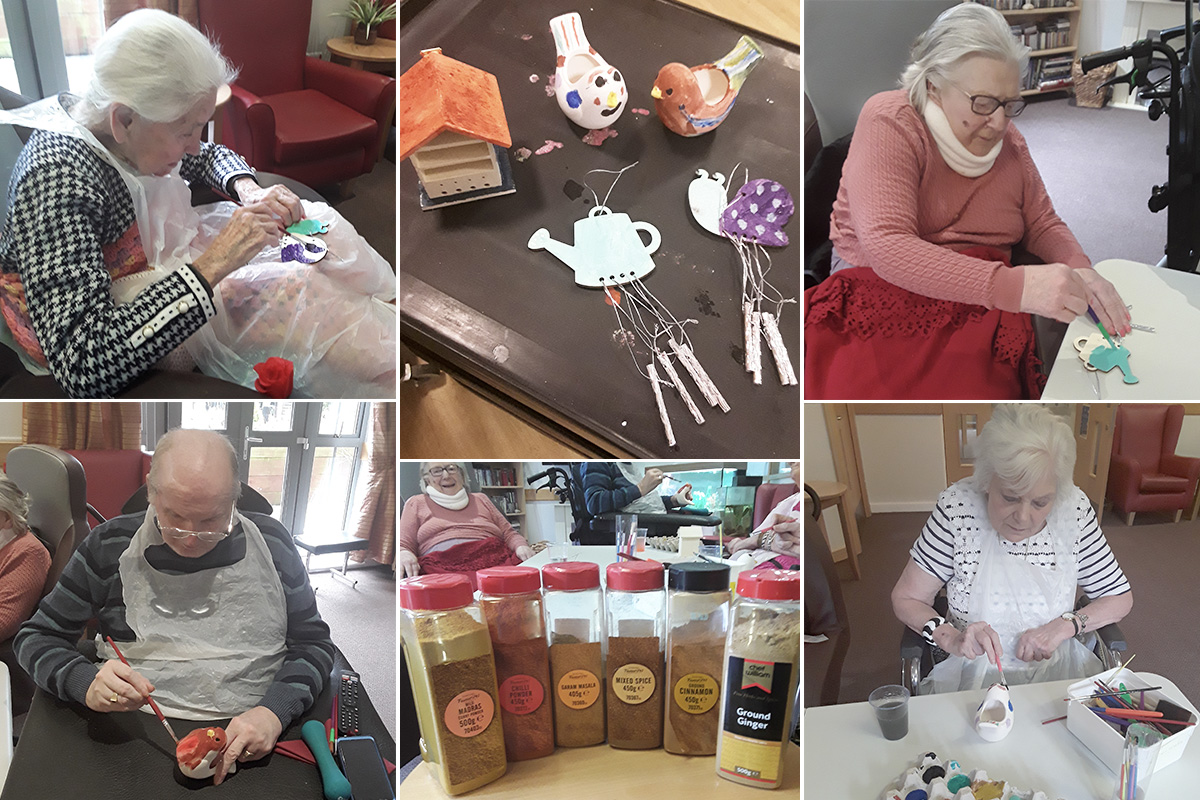 Scented painting session at Hengist Field Care Home